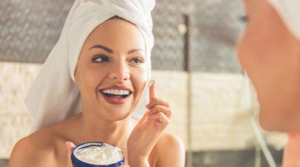 metoda kanapkowa nakładania kosmetyków